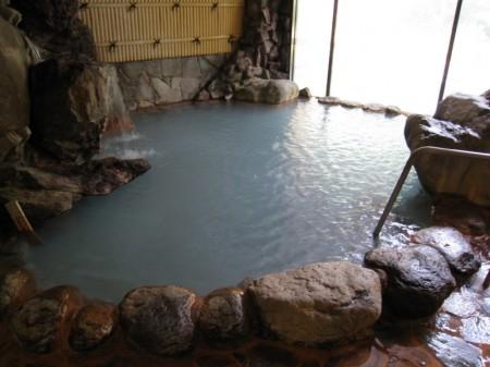 七味温泉 渓山亭の内風呂